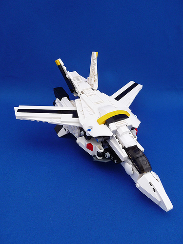 LEGO Roy Focker VF-1S Valkyrie Fighter Mode